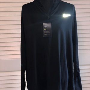 NWT Woman's NIKE dry fit running track jacket
